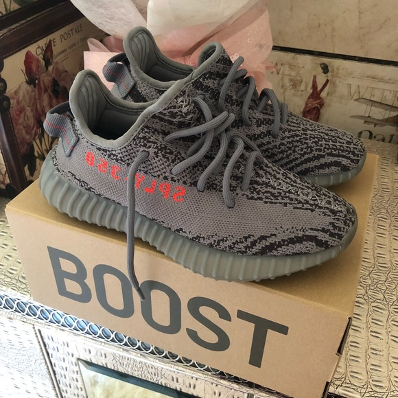 500267f2bba2b AUTHENTIC Adidas Yeezy Boost 350 Size US 5.5